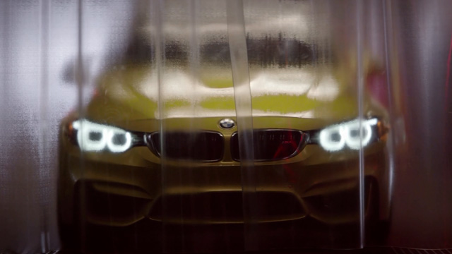 BMW M4 - Factory Trailer