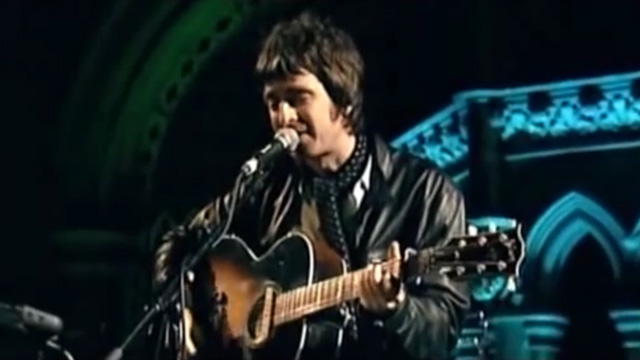 Noel Gallagher - Half The World Away (Live)
